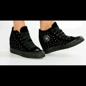 Converse Lux Hidden Wedge Sz 8 Women Black Velvet